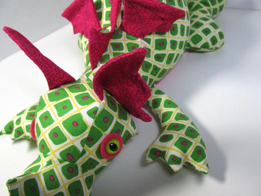 Toy sewing pattern design - studying the ANATOMY of a Dragon ...