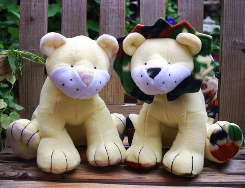 Custom made cuddly critters from Michelle\'s Zoo | Funky Friends Factory