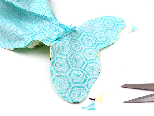 See how to sew a whale toy pattern | Funky Friends Factory