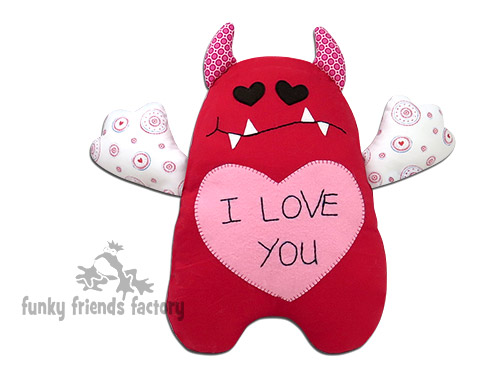 Valentine's-Love-Monster-pattern