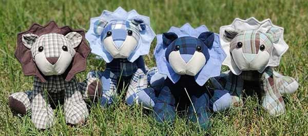 Keepsake toy lions sewn by KarrolM