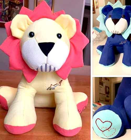 Lion sewn by Amanda vile sickler