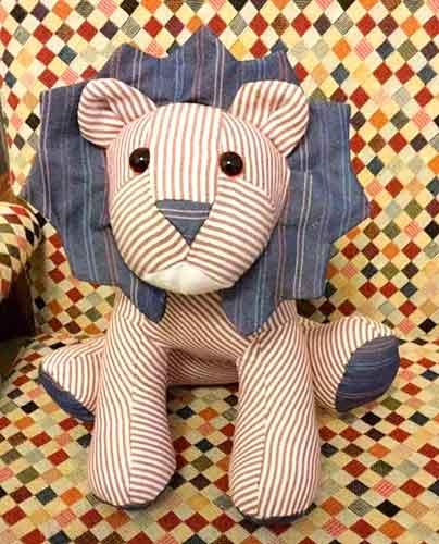 Lion Pattern sewn by Cathy - Stocker