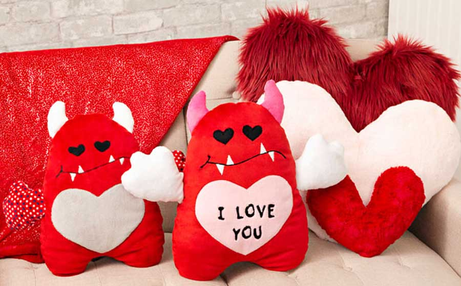 Valentine's love Monster sewn in Cuddle