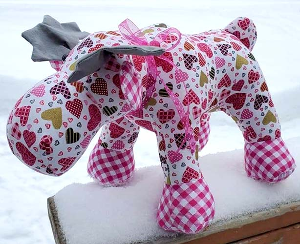 Moose pattern sewn by StaceyParsons