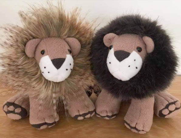 Larry Lion Pattern sewn by ChristinePeasrson