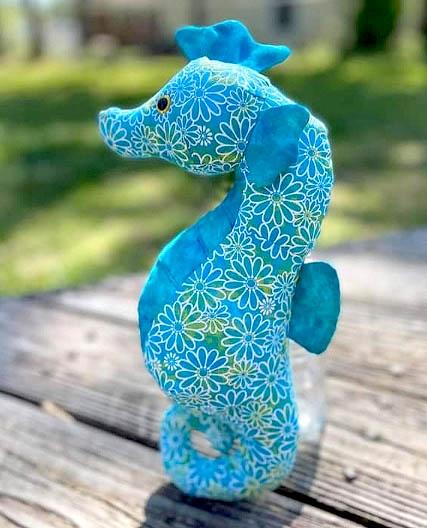 Seahorse pattern sewn by NancyMcDermed