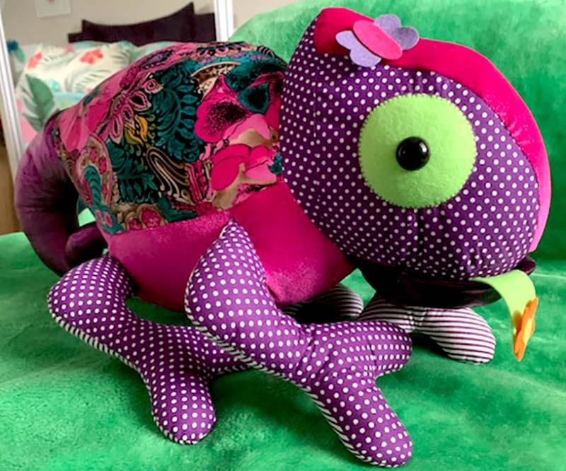 Chameleon Pattern sewn by Caroline Howse