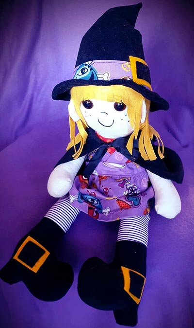Halloween sewing projects - witch pattern sewn by Janet-O'Neil-Conlon